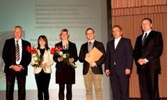 Preisverleihung, v.l.:Landrat Bernd Lange, Justyna Blotna, Brigitta Wend, Stadtpräsident Piotr Roman, Hejtman Martin Puta    Fot. U.Schulz